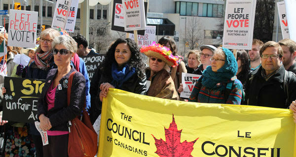 """Harper's """"anti-democratic"""" Fair Elections Act challenged in court"""