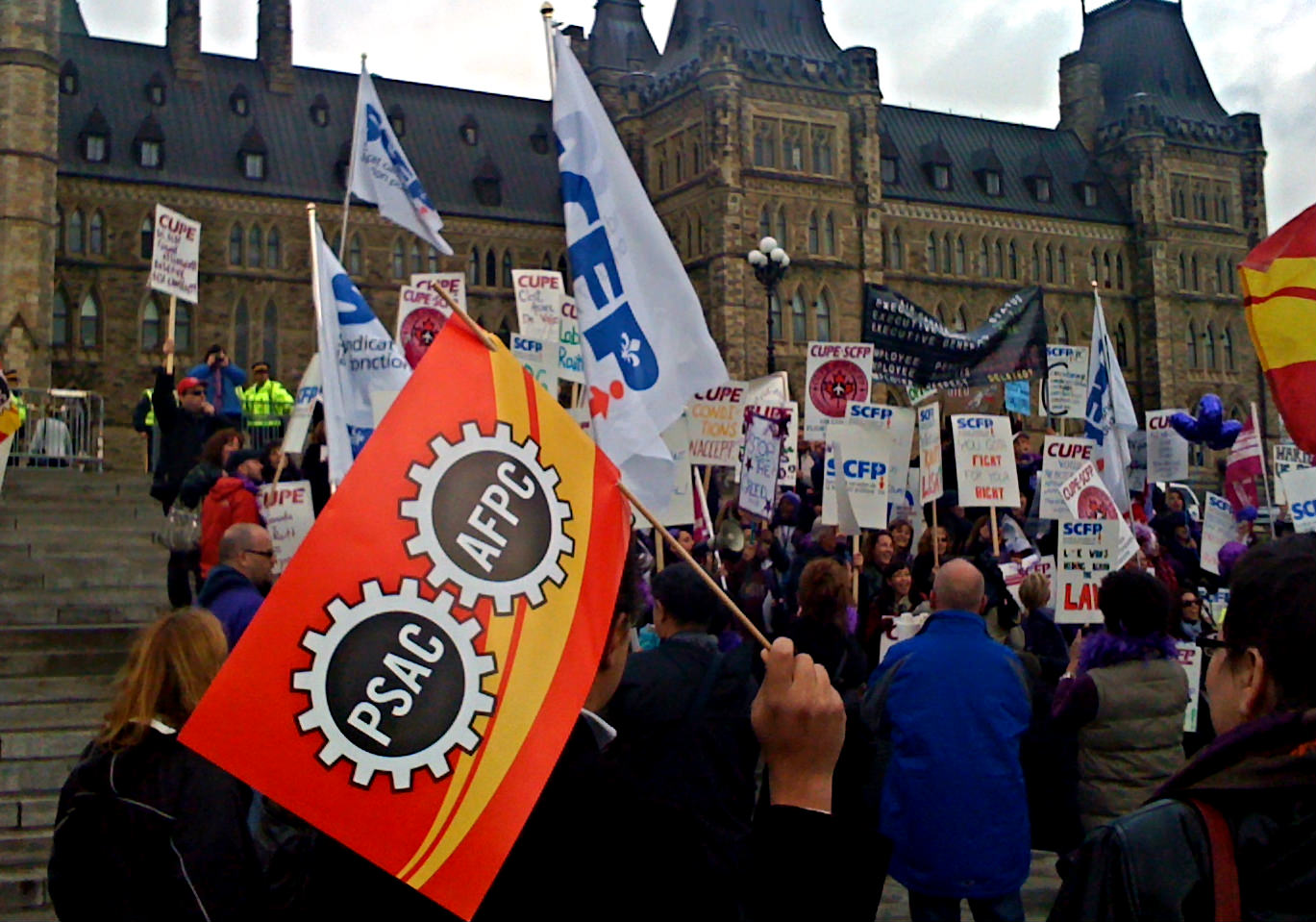 VICTORY: Parliament Repeals Harper's Anti-Union Bills C-377 And C-525