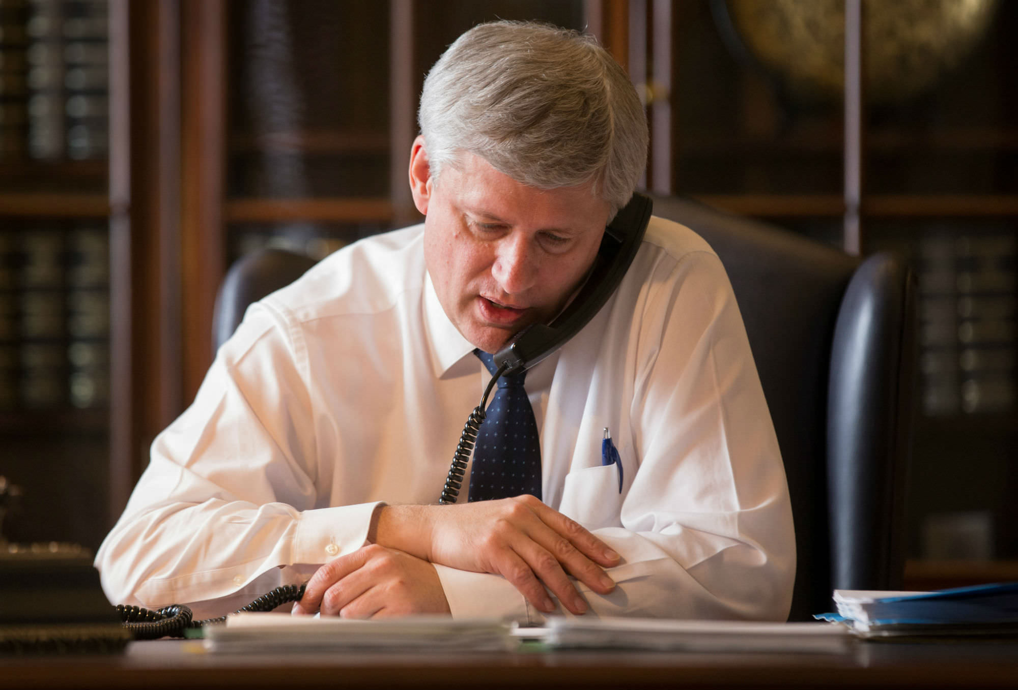Information commissioner takes Harper to court for withholding Senate expenses scandal documents