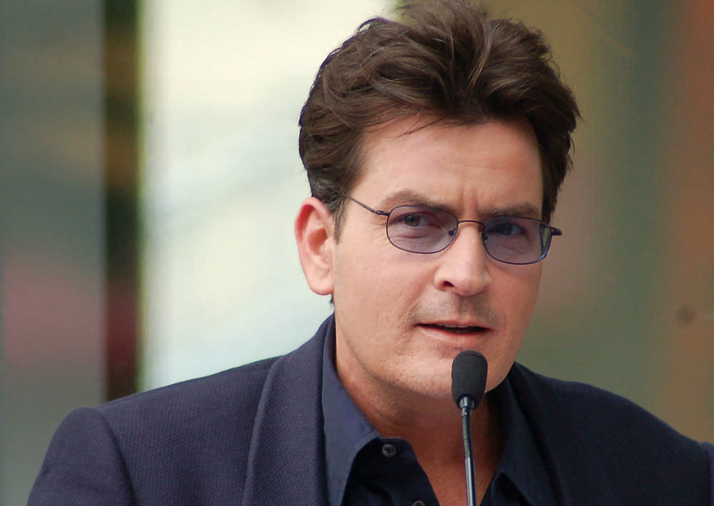 "Charlie Sheen reveals he's HIV-positive: ""I accept this condition"""