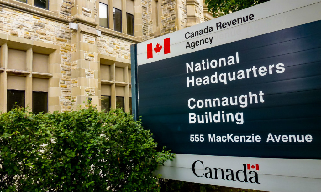Canada Revenue Agency (CRA) national headquarters on 555 MacKenzie Avenue in Ottawa. (Photo: OBERT MADONDO/The Canadian Progressive / Flickr (CC BY-NC-SA 2.0)